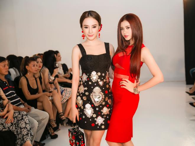 Angela Phuong Trinh - Quynh Anh quyen ru o tiec thoi trang hinh anh
