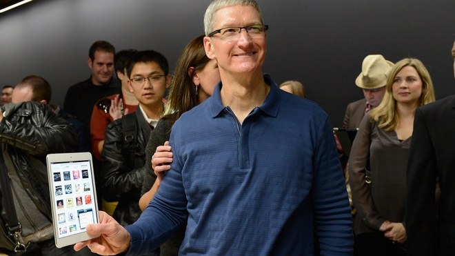 Vi sao Tim Cook hay 'up mo' ve san pham moi cua Apple? hinh anh