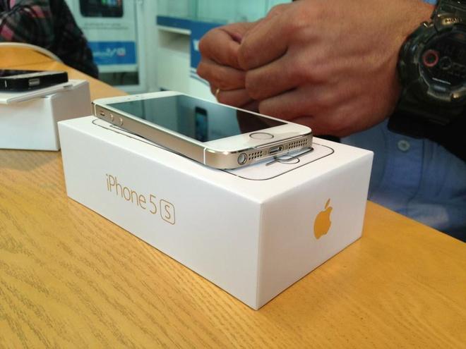 Clip cho mua iPhone 5S va 5C tai Sai Gon hinh anh