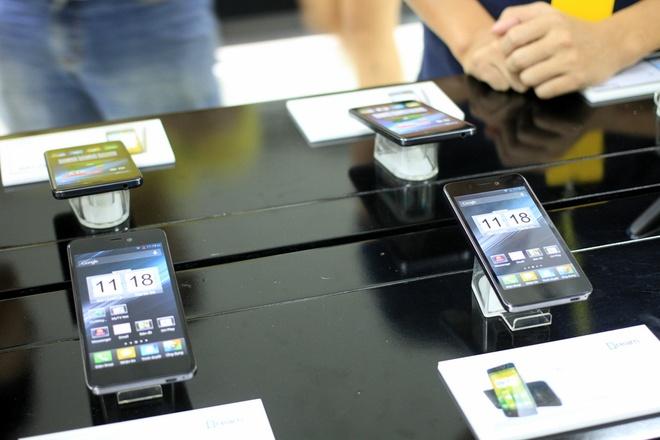 Smartphone thuong hieu Viet man hinh Full HD gia 6,5 trieu hinh anh 3