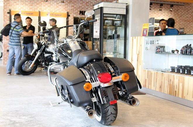 Harley-Davidson Road King Classic 2014 gia gan 1 ty o VN hinh anh 3 Kinh nghiệm lái xe cũng được tích lũy nhiều hơn, người chơi xe sẽ cảm nhận được về cỗ máy nhiều hơn, trong khi phong cách vẫn không thay đổi.