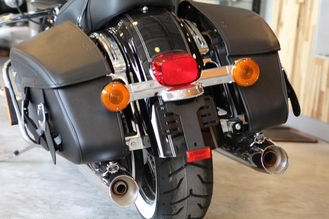 Harley-Davidson Road King Classic 2014 gia gan 1 ty o VN hinh anh 9 Hộp số 6 cấp Cruise Drive cũng được sử dụng kết hợp với hệ thống đai truyền động.