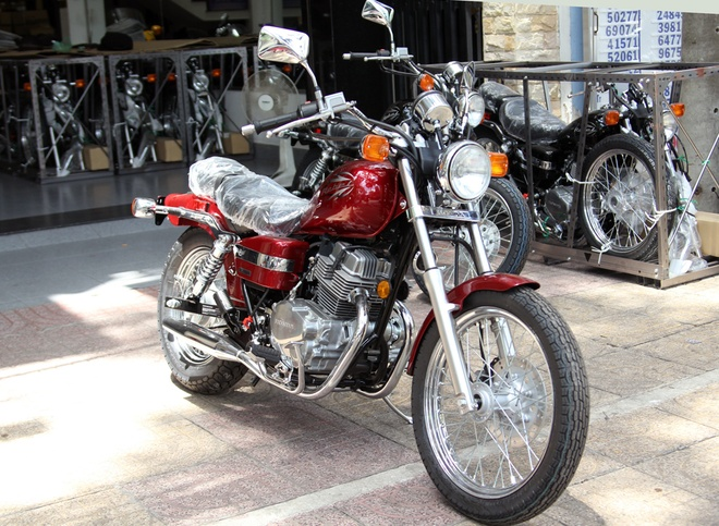 Honda Rebel 250 2014 mau doc tai Viet Nam hinh anh