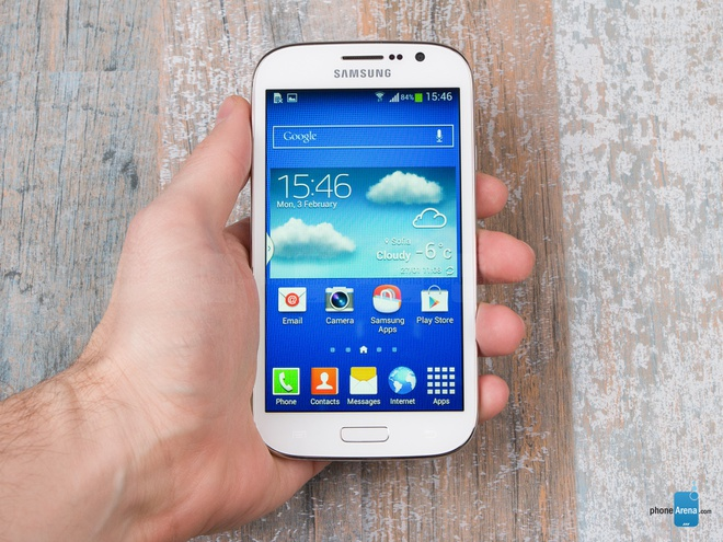 6 smartphone te nhat nua dau nam 2014 hinh anh 3