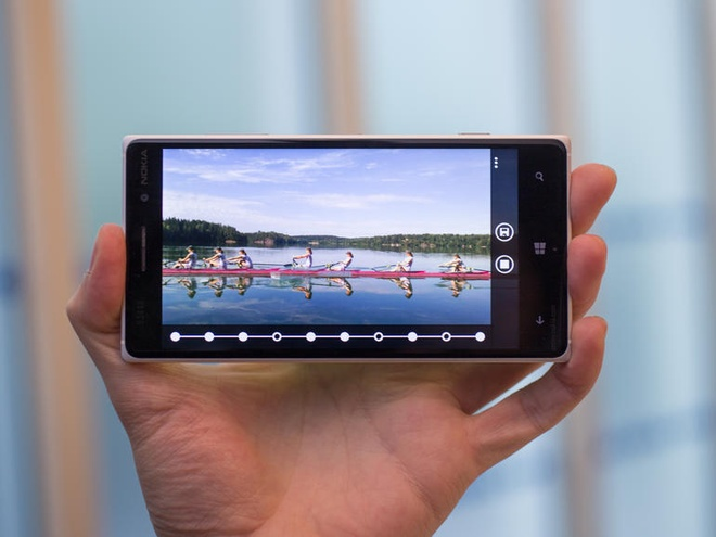 Nokia Lumia 830 chinh hang gia 7,99 trieu tai VN hinh anh