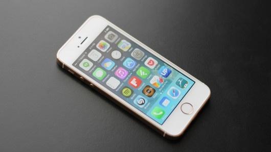 18 hanh dong nguoi dung vo tinh lam hao pin iPhone hinh anh