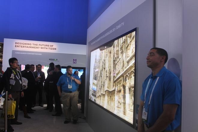 TV 3D khong kinh, man hinh 8K cua Samsung gay sot o CES 2015 hinh anh