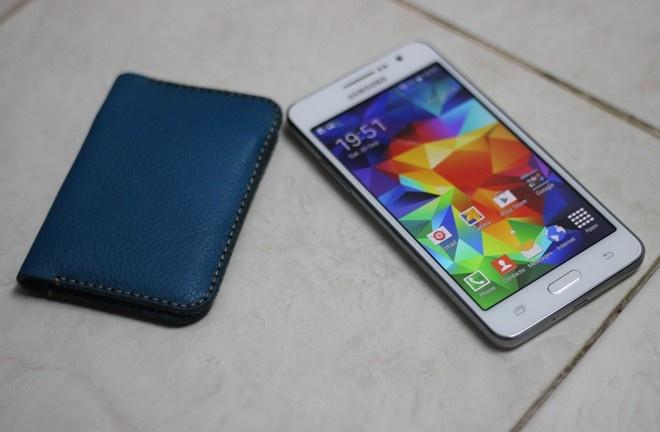 5 smartphone an khach co gia duoi 5 trieu o VN hinh anh