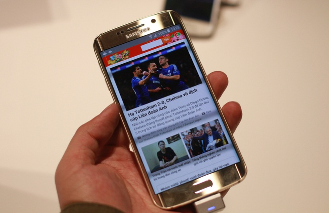 Galaxy S6 Edge - cong 2 mat, thiet ke tinh xao hinh anh