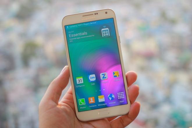 Danh gia Galaxy E7: Di dong tam trung an khach cua Samsung hinh anh