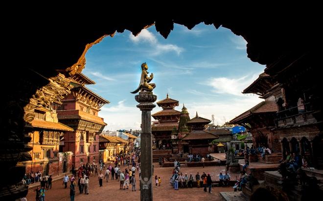 Nepal yen binh truoc dong dat qua goc may cua nguoi Viet hinh anh