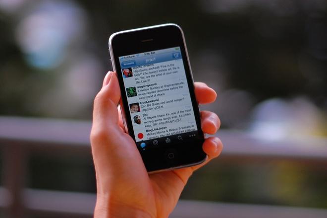 Smartphone thay doi con nguoi nhu the nao? hinh anh