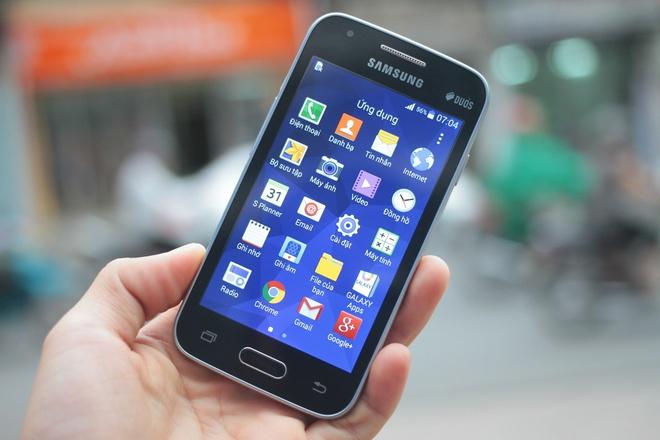 Smartphone 're nhu cho' hinh anh