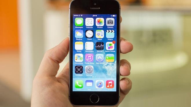 Nen mua iPhone 5S hang lock hay quoc te? hinh anh