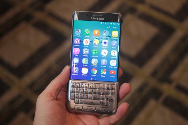 Anh thuc te Galaxy S6 Edge+: Man hinh lon hon, them ban phim hinh anh
