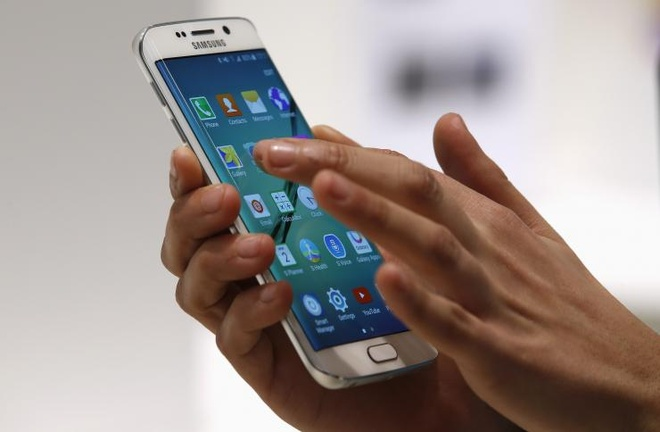 Loat smartphone xach tay moi ve Viet Nam hinh anh