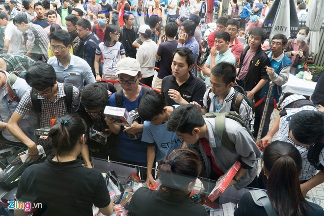 Dan cong nghe Viet co hao hung voi Black Friday? hinh anh