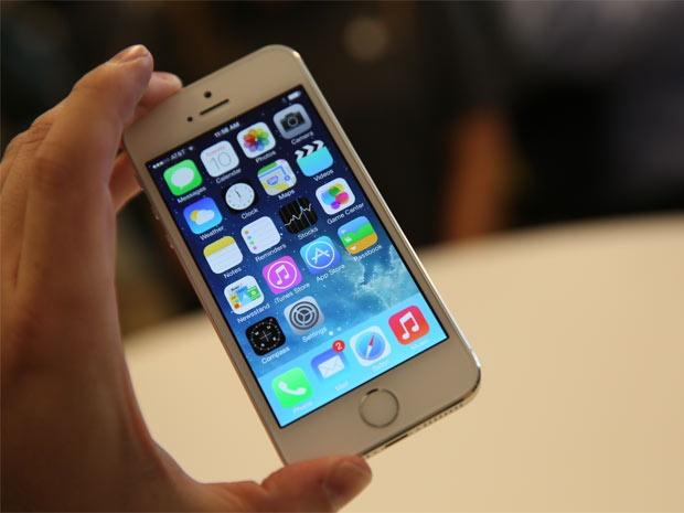 Ai se mua iPhone 4 inch? hinh anh
