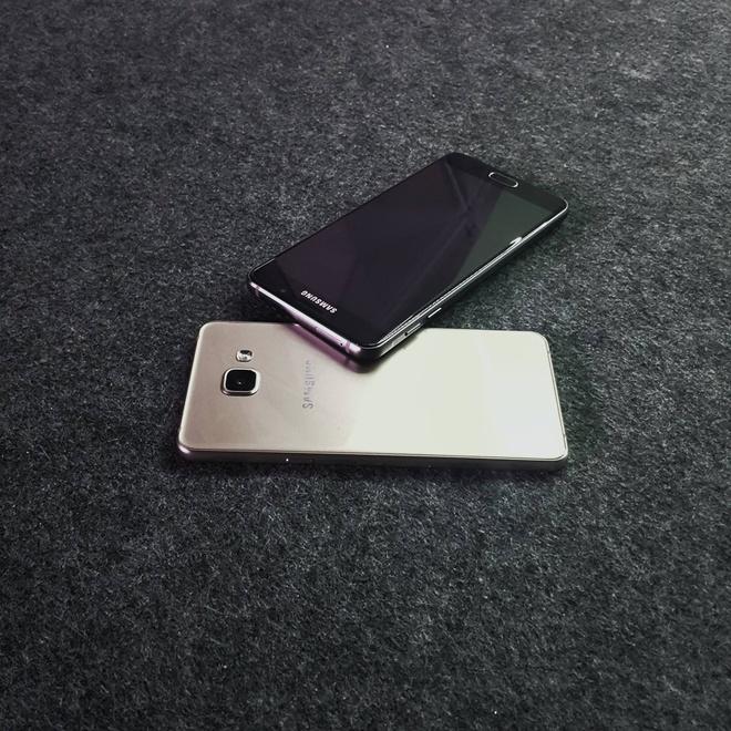 Samsung ra Galaxy A5 va A7 2016 o VN, gia tu 9 trieu dong hinh anh