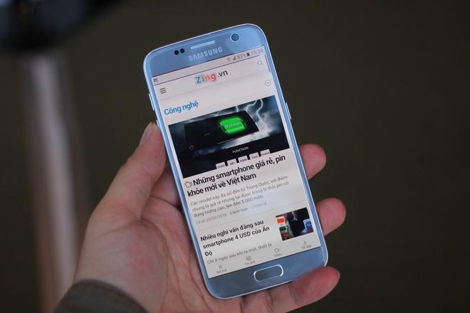 Thuc te Samsung Galaxy S7: Lung cong, chong nuoc hinh anh