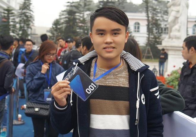 Galaxy S7 edge mau bac 'chay hang' o Viet Nam hinh anh 7