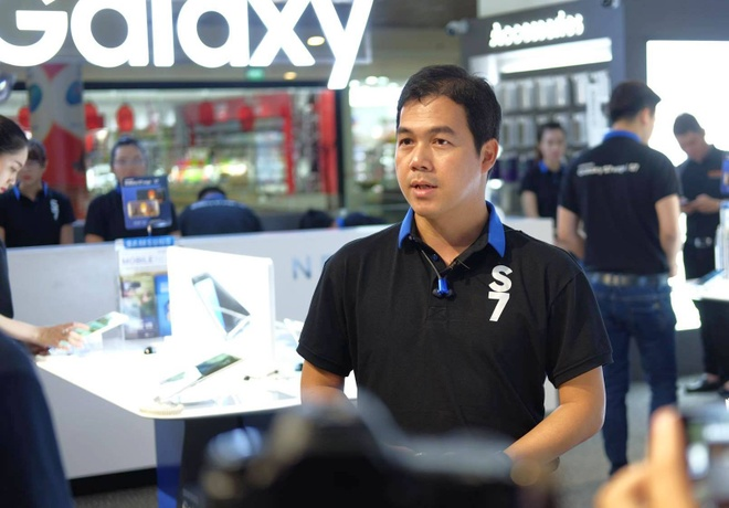 Galaxy S7 edge mau bac 'chay hang' o Viet Nam hinh anh 18