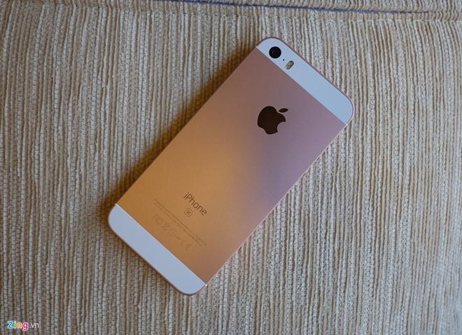 Trai nghiem nhanh iPhone SE o Viet Nam hinh anh
