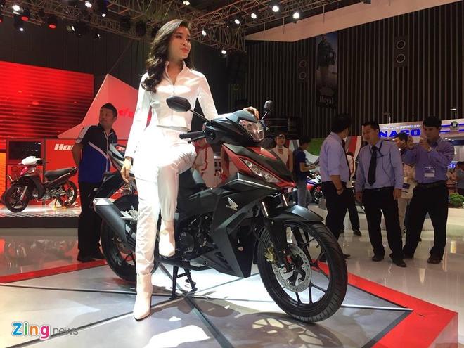 Trien lam xe may 2016: Sieu xe dua Yamaha den Viet Nam hinh anh 3