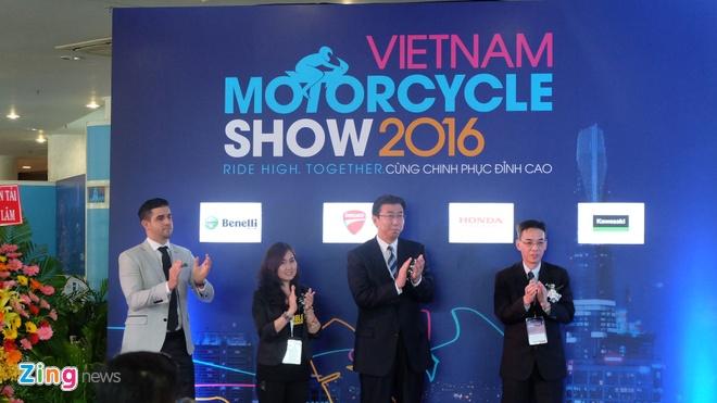 Trien lam xe may 2016: Sieu xe dua Yamaha den Viet Nam hinh anh 2
