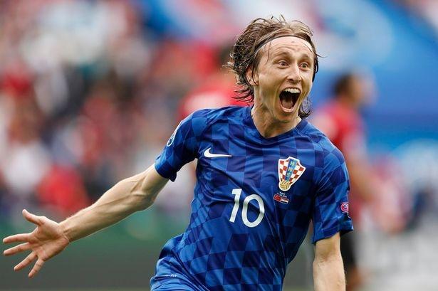 Ket qua Euro 2016: Duc, Ba Lan va Croatia gianh chien thang hinh anh