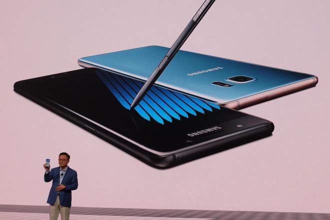 Galaxy Note 7 giup Samsung canh tranh manh voi Apple hinh anh