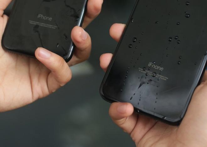 iPhone 7 Jet Black - dep nhung de bam van tay hinh anh
