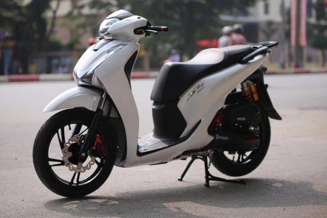 Honda SH 2017 do dan phu kien hang hieu hinh anh 1
