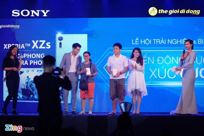 Sony Xperia XZs den tay nguoi dung Viet trong su kien mau sac hinh anh 11