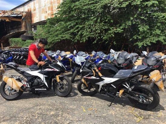 Honda CBR150R 2017 ve Viet Nam, gia hon 110 trieu hinh anh 7