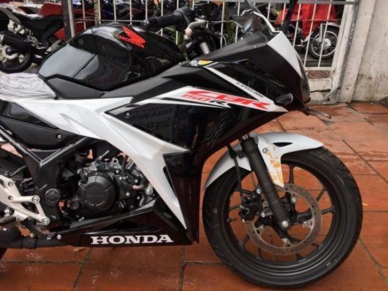 Honda CBR150R 2017 ve Viet Nam, gia hon 110 trieu hinh anh 4