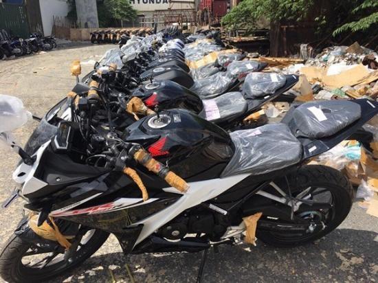 Honda CBR150R 2017 ve Viet Nam, gia hon 110 trieu hinh anh 2