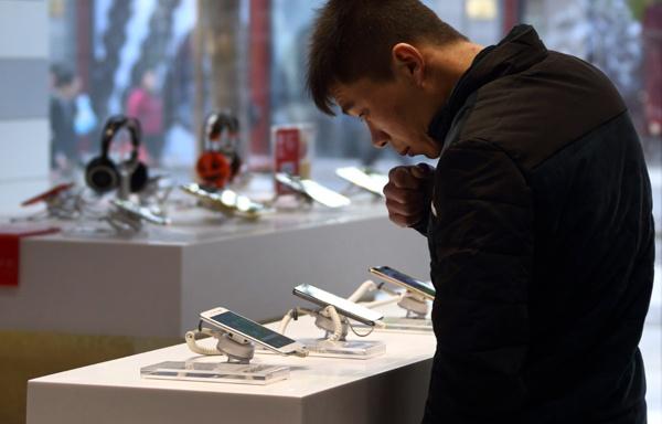 2 SIM va selfie la cach smartphone Trung Quoc lan luot Apple, Samsung hinh anh