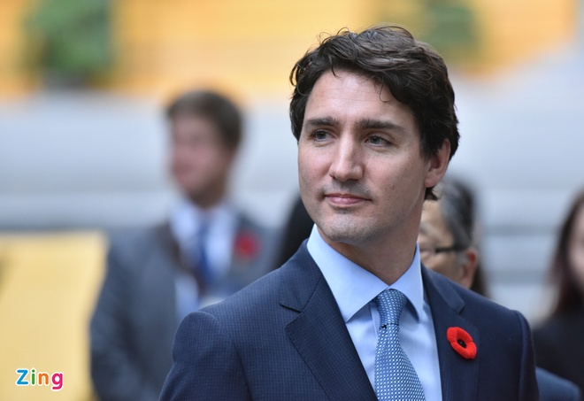 Thu tuong Canada tham nha san, cho ca an hinh anh
