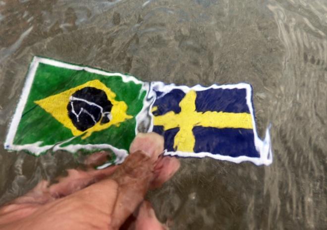 Anh hom hinh chung ket Brazil-Thuy Dien du thi 'Song cung World Cup' hinh anh