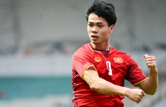 Sut hong 2 qua penalty, Cong Phuong khien HLV Park that vong hinh anh