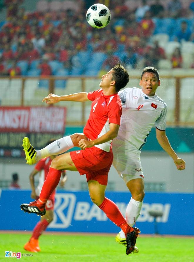 'Song Duc' ghi ban, Olympic Viet Nam vuot qua vong bang ASIAD hinh anh 2