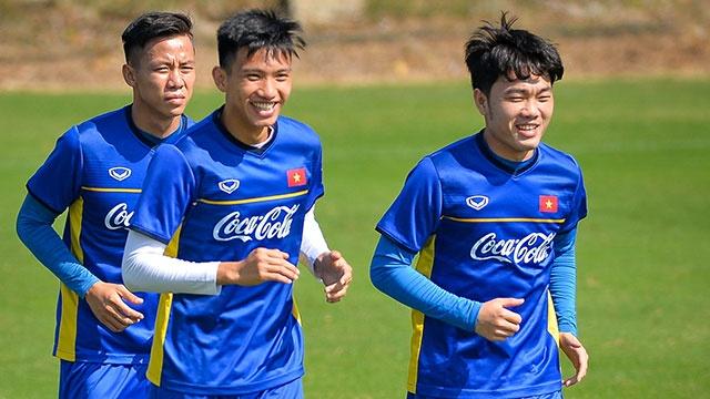 DT Viet Nam ren the luc chuan bi cho AFF Cup hinh anh