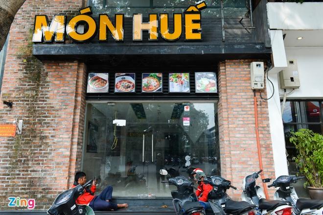 Rot 70 trieu USD, nhom nha dau tu chuoi Mon Hue khoi kien ong Huy Nhat hinh anh 2
