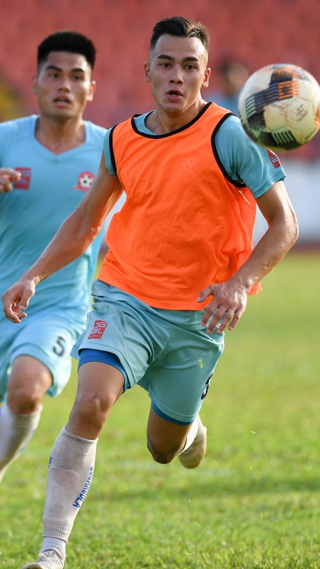 Một ngày của cầu thủ Việt kiều Andrey Nguyễn