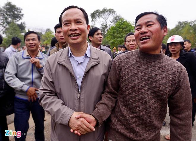 Bi thu Thanh Hoa nhan khuyet diem voi dan Sam Son hinh anh 19