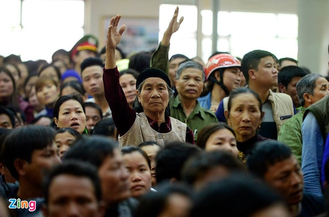 Bi thu Thanh Hoa nhan khuyet diem voi dan Sam Son hinh anh 10