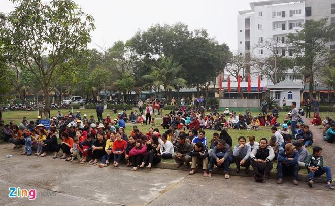 Bi thu Thanh Hoa nhan khuyet diem voi dan Sam Son hinh anh 14