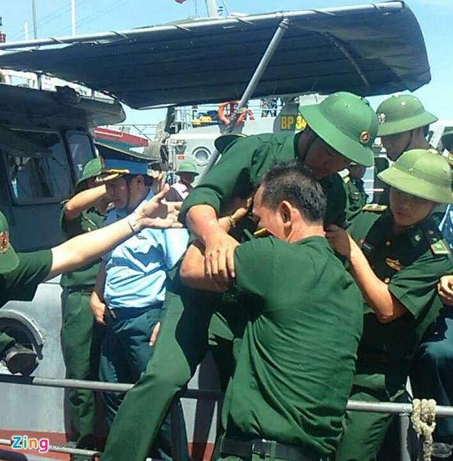 Phi cong Su-30 gap nan ve bo an toan hinh anh 13
