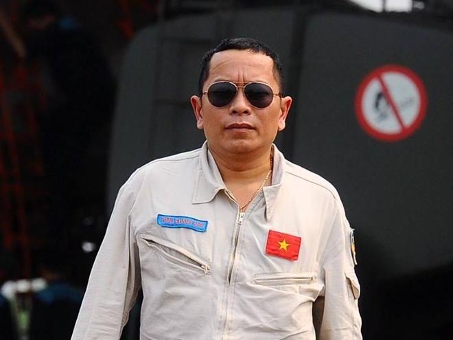 Phi cong Su-30 thoat nan lap tuc tham gia tim dong doi hinh anh